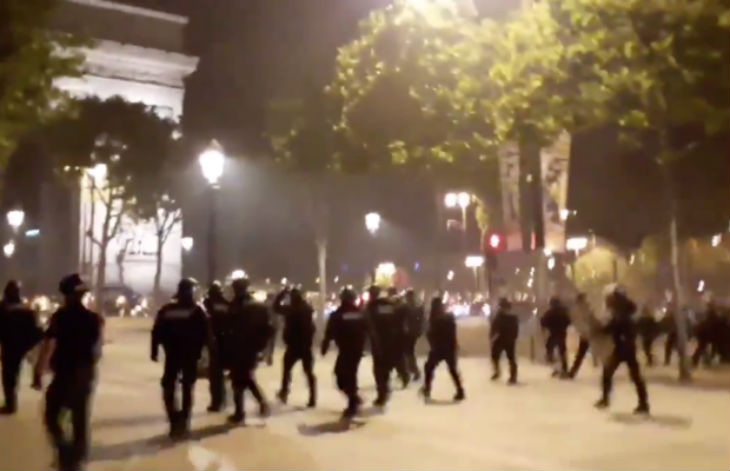Victoire de l'Algérie au foot, les célébrations des Algériens dégénèrent dans toute la France (vidéos)