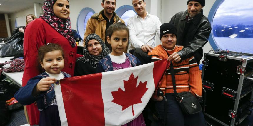 Sondage : une majorité de Canadiens ne veulent plus accueillir de migrants