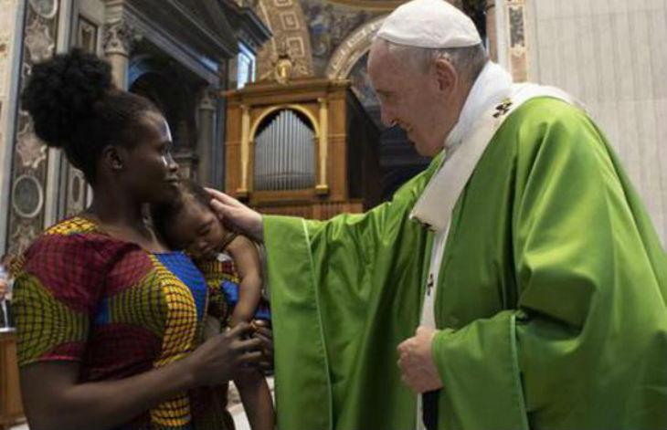 Vatican : selon le Pape, « Les migrants sont le symbole de tous les rejets de la société mondialisée »
