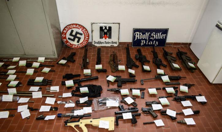 Italie: un missile air-air et des objets nazis saisis lors d'une opération antiterroriste chez des néofascistes
