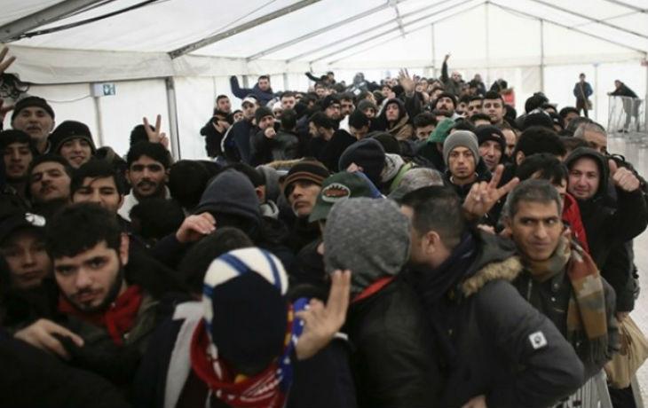 Des «réfugiés» syriens, afghans, libanais partent-ils en vacances dans leur pays d'origine grâce aux aides sociales ?