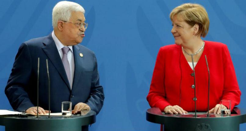Merkel rencontre Abbas à Berlin et confirme son soutien à un Etat palestinien