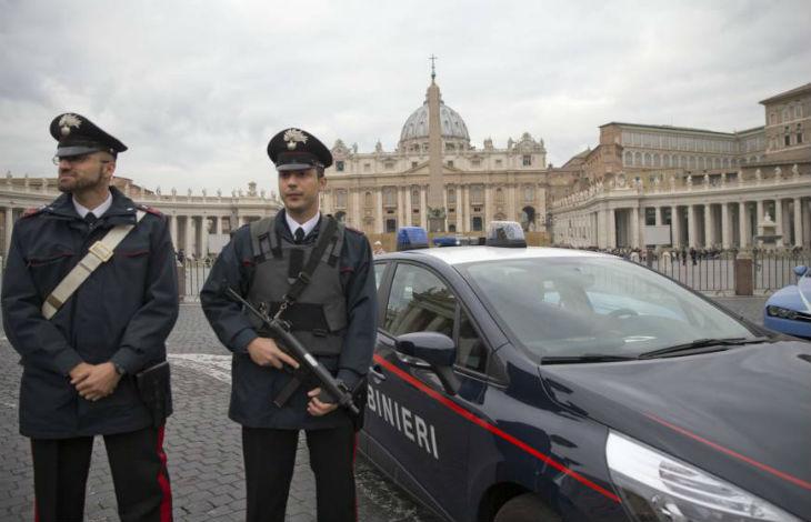 Vatican carabinieri migrant