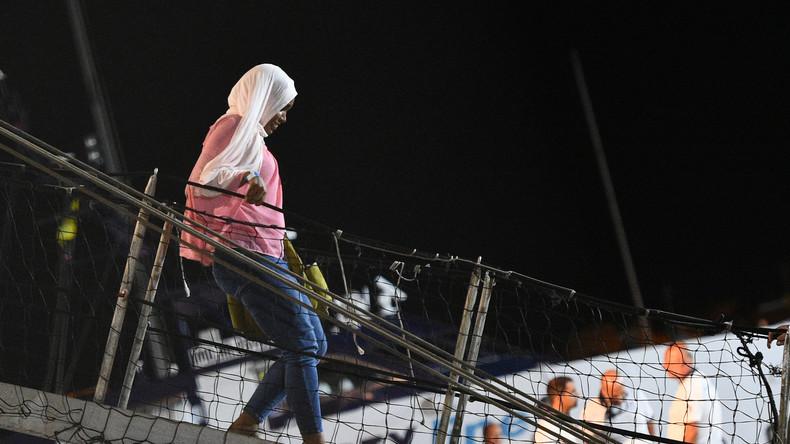 Les migrants de l'Open Arms ont débarqué à Lampedusa dans la nuit sur décision de justice