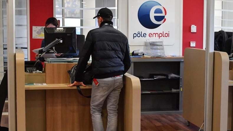 Effet Macron ? La baisse du taux de chômage, annoncée par le gouvernement, contestée par des économistes, la croissance toujours au plus bas