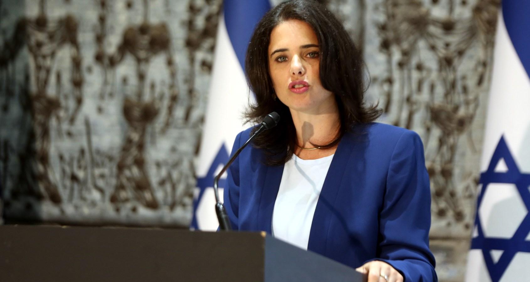 Israël danse sur un volcan, c'est pourquoi je voterai pour le parti Yamina d'Ayelet Shaked (Opinion)
