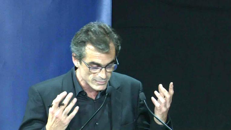 Enthoven a mal lu son Aron qui dénonçait l'incompatibilité entre peuple arabe et peuple français