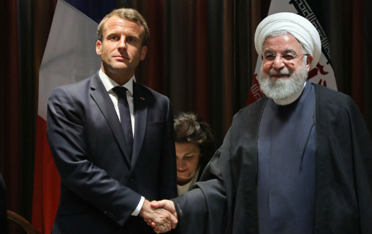 Sourd aux appels au secours du peuple iranien, Macron préfère soutenir la dictature islamique et ses contrats commerciaux