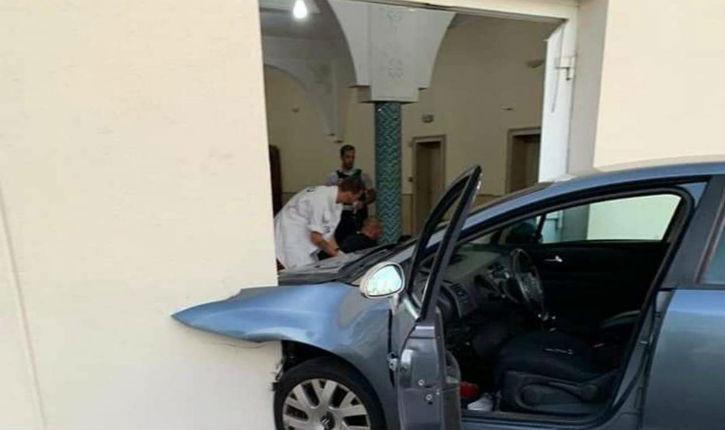 Un homme fonce en voiture sur l'entrée de la Grande Mosquée de Colmar