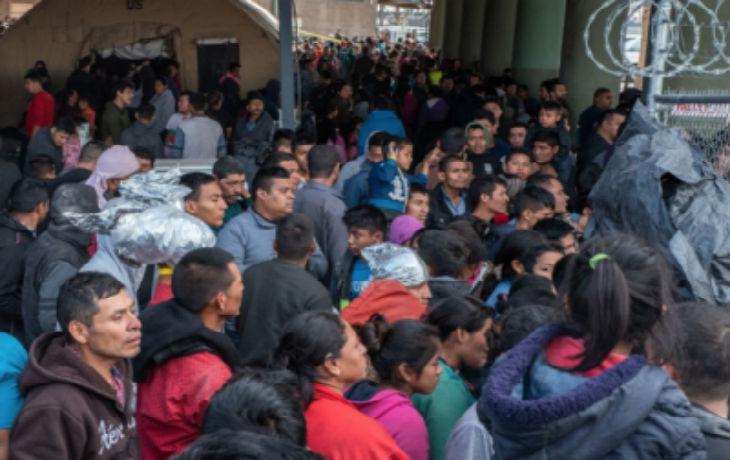 Etats Unis : la Cour Suprême soutient le président Trump sur l'interdiction d'asile aux migrants à la frontière sud