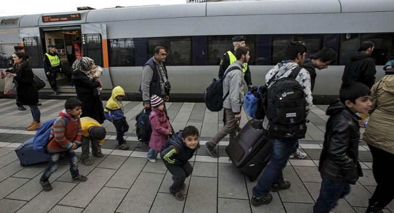 Suède : une ville en crise pour avoir accueilli trop de migrants, les Suédois partent vivre ailleurs, « C'est un changement de population »