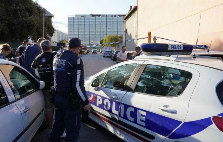 musulman blesse au couteau Marseille