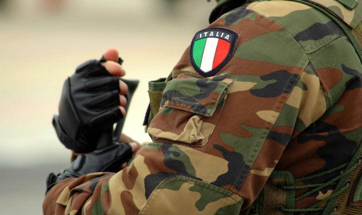Milan: un migrant yéménite armé d'une arme blanche frappe de dos un militaire au cri «Allah Akbar»