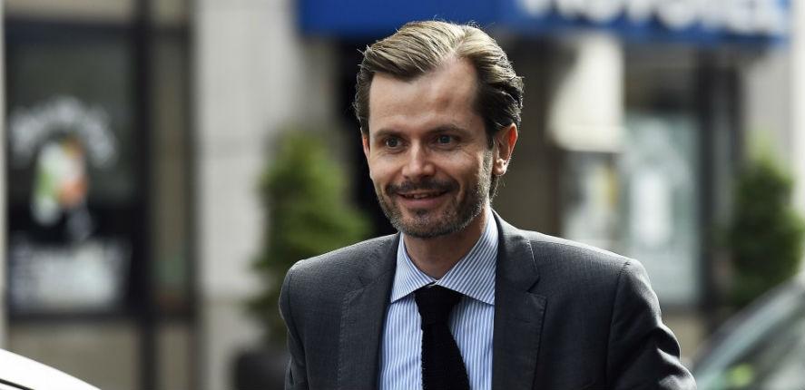 """Guillaume Larrivé : """"Macron dilue notre pays dans la soupe du multiculturalisme"""""""