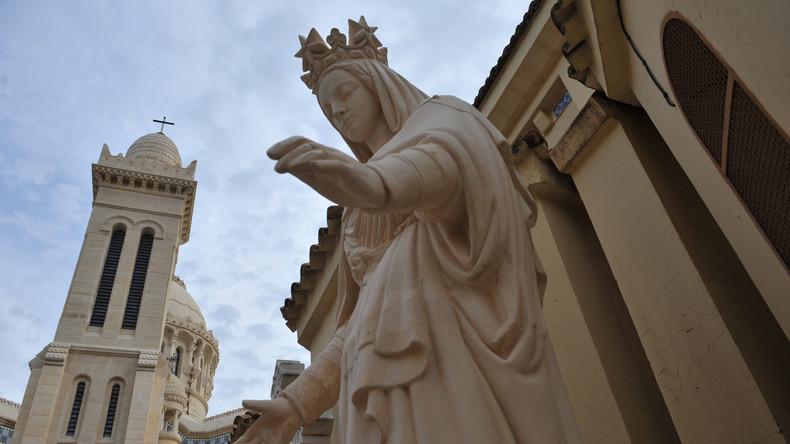 Algérie : la fermeture d'églises par les autorités suscite l'indignation de la communauté chrétienne (Vidéo)
