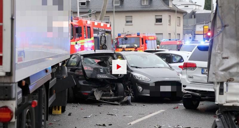 Attaque au camion bélier en Allemagne : un Syrien vole un camion et fonce sur des voitures, 8 blessés. Il aurait invoqué « Allah ». Un « acte terroriste », selon Bild