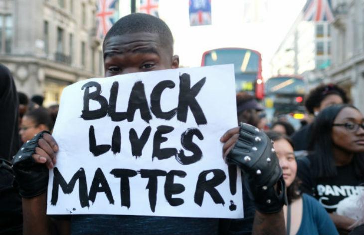 États-Unis : contrairement aux mensonges des démocrates, 90% des victimes de violences interraciales entre Noirs et Blancs, sont des Blancs