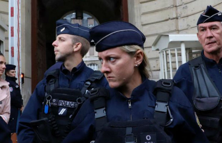 Attentat de la Préfecture : beaucoup de policiers hésitent à signaler leurs collègues « de peur d'être taxés d'islamophobie »