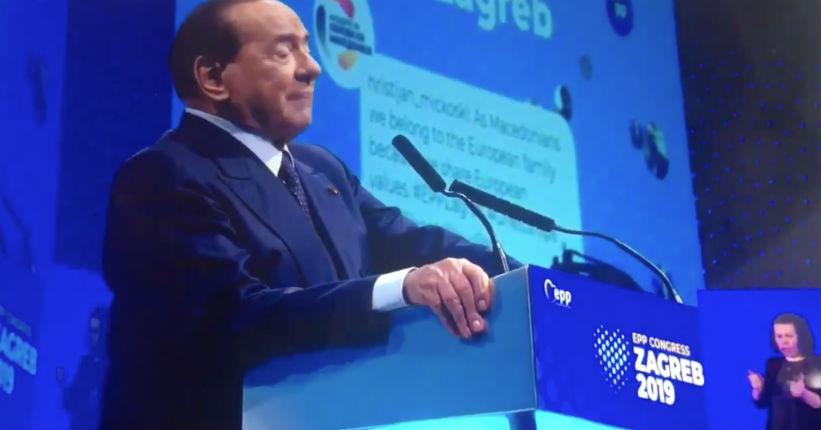 Italie : Berlusconi souhaite la création d'une armée européenne pour protéger le continent d'une « invasion massive d'Africains »