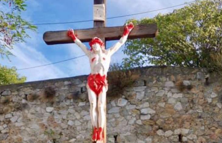 Marseille : le Christ de l'église de la Croix-Rouge vandalisé pour la 5e fois