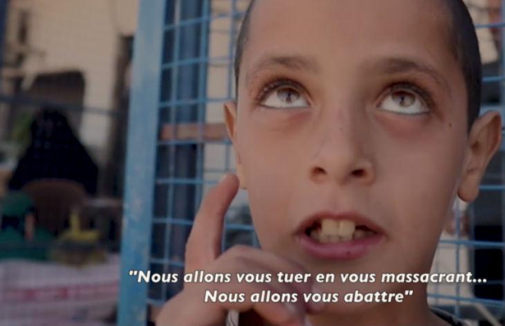 État islamique: des «mini-califats» se forment dans un camp syrien «Nous allons vous tuer en vous massacrant. Nous allons vous abattre» (Vidéo)