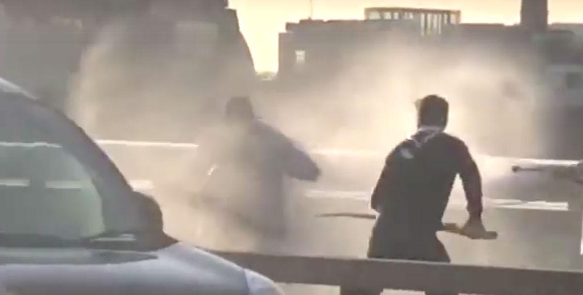 Attaque du London Bridge : un cuisinier polonais a utilisé une dent de narval pour neutraliser le terroriste Usman Khan, un autre un extincteur, un troisième ses mains (Vidéo)