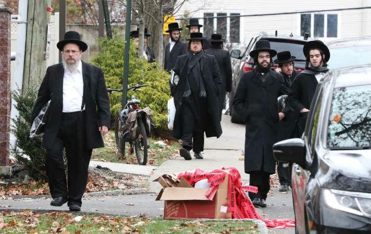 Antisémitisme: Un Juif américain poignardé à plusieurs reprises devant une synagogue au nord de l'État de New York