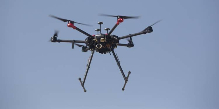 Israel a créé un drone qui peut prendre le contrôle de 200 drones ennemis en même temps