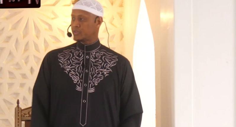 Un imam d'origine somalienne : «Les non-musulmans désapprouvent la polygynie parce qu'ils veulent transformer les musulmanes en marchandises bon marché» (Vidéo)