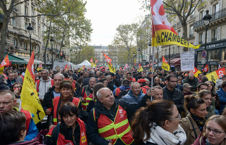 Direct : Manifestation contre la réforme des retraites à Paris, incidents en cours (Vidéo en direct)