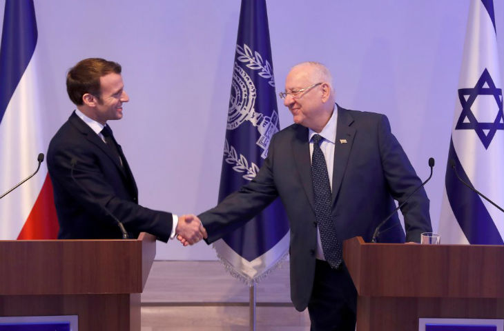 Macron en Israël : la «négation de l'existence d'Israël comme État» est de l'antisémitisme (Vidéo)