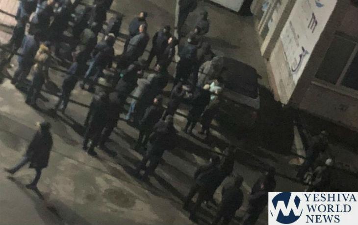 Ukraine: Une trentaine d'antisémites attaquent des juifs à Ouman sous le regard de la police, 4 blessés évacués