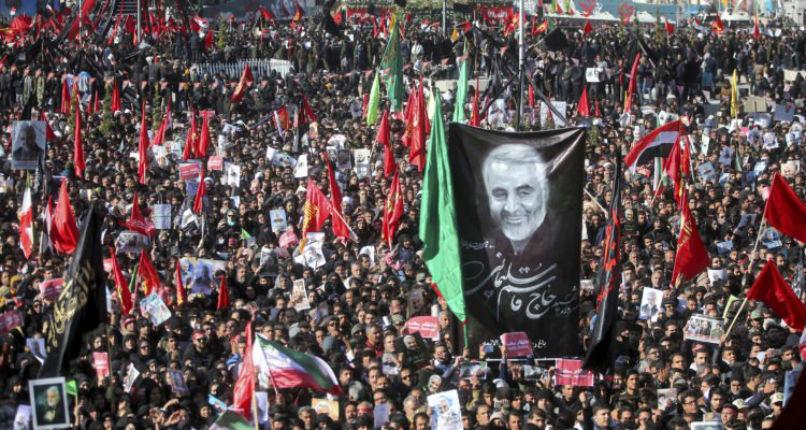 Iran: 35 morts dans une bousculade lors des funérailles de Soleimani