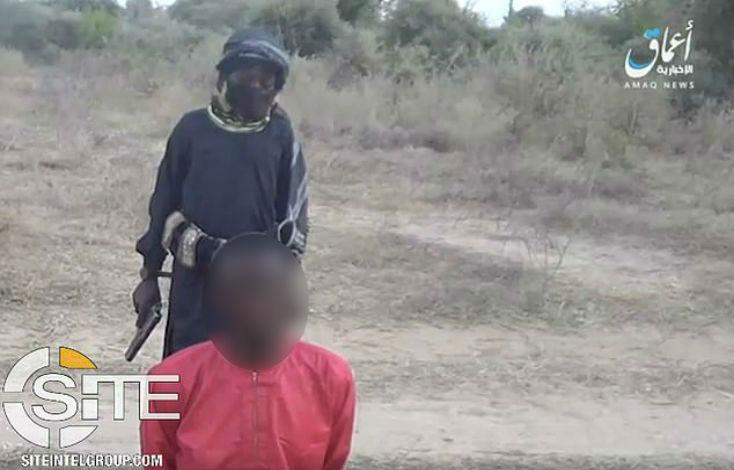 L'horreur absolue au Nigéria : un Chrétien exécuté en direct par un garçon de 8 ans de l'Etat islamique (Vidéo)