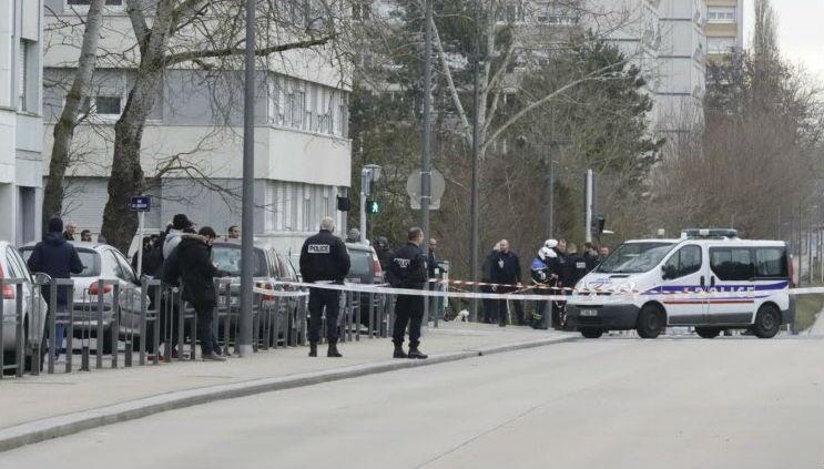 Metz : la police tire sur un islamiste fiché S qui menaçait un couteau en criant « Allah Akbar » (Vidéo)