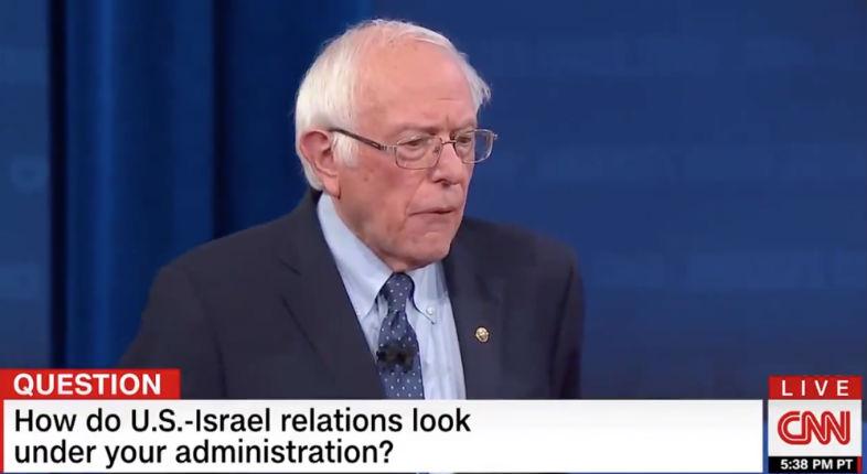 Le candidat gauchiste démocrate Sanders dénonce le «gouvernement raciste israélien» sur CNN (Vidéo)