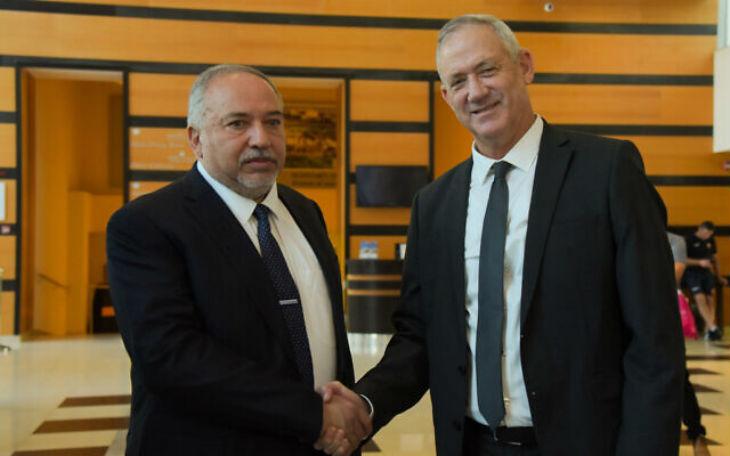 Israël: Gantz veut le soutien de la liste arabe unifiée. Liberman vire à gauche et prêt à s'allier avec eux…