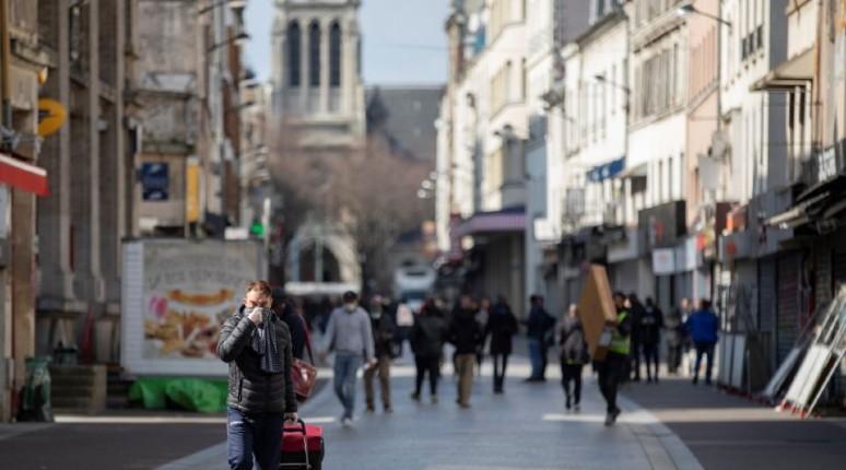 Saint-Denis, ville ouverte. La ville a choisi de se battre contre le confinement, pas contre le virus