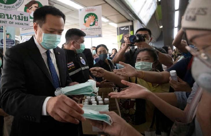 Coronavirus: Témoignage d'un journaliste de retour «des masques pour tous en Thaïlande et rien en France…»