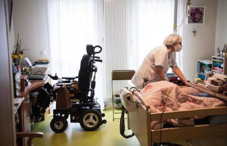 Scandale de l'euthanasie: Le docteur Serge Rader témoigne « On achève nos personnes âgées dans les Ehpad par sédation au Rivotril » grâce à un décret du 29 mars, et pour ne pas prescrire de chloroquine (Vidéo)