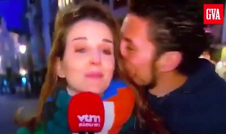 Une journaliste se fait embrasser de force par un homme typé en plein coronavirus