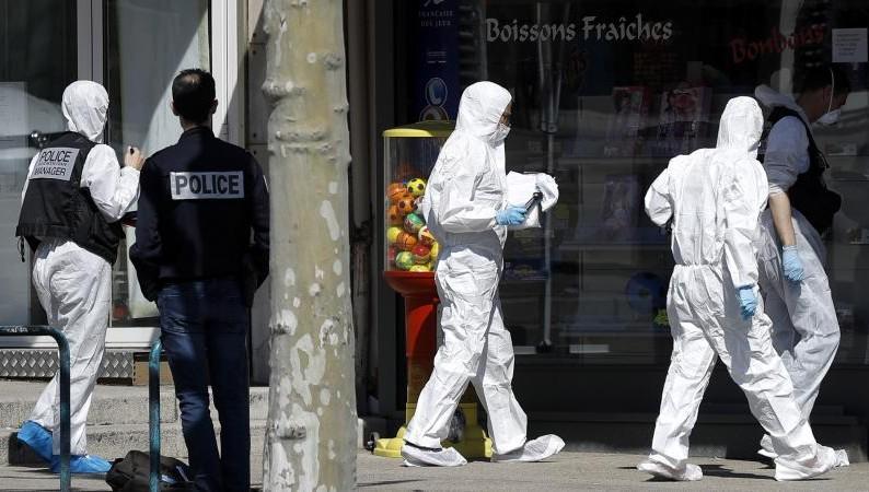 Attaque islamiste de Romans-sur-Isère : le terroriste aurait demandé à l'une de ses victimes si elle était musulmane