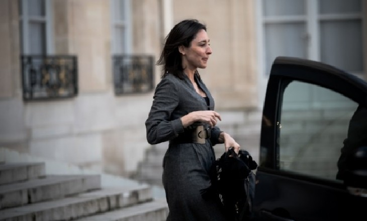Pourquoi en plein confinement la secrétaire d'état Brune Poirson a effectué un déplacement privé