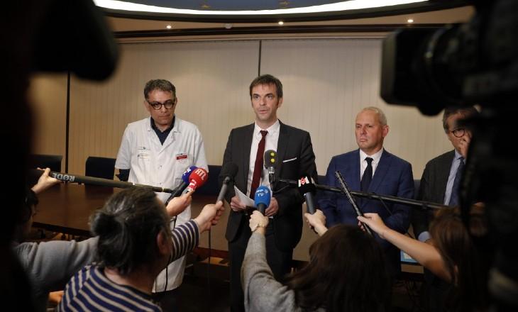 Neuf médecins des conseils scientifiques de Macron ont touché 450 000 euros des firmes pharmaceutiques… Un lien avec le dénigrement de la chloroquine ?