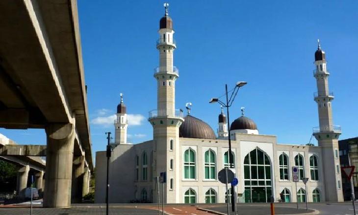 Pays-Bas : près de 40 mosquées vont diffuser l'appel à la prière vendredi 3 avril