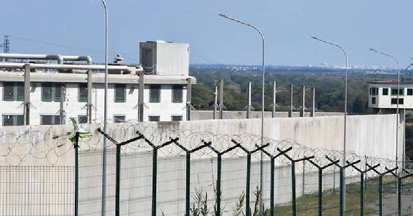 Coronavirus: 130 détenus radicalisés libérés pour raison sanitaire, selon les services de renseignements, alors que l'Etat islamique appelle à semer le chaos en Europe
