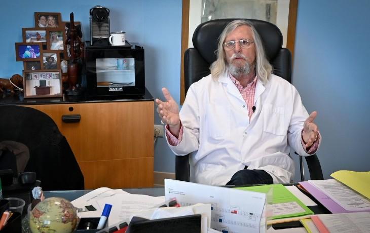 Analyse mondiale de la pandémie, Guy Courtois : «Didier Raoult avait raison sur 90% des points. Nous avons les preuves qu'il y a eu une influence de Gilead qui a poussé son remdesivir…» (Vidéo)