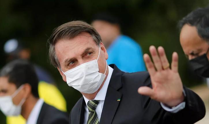 Coronavirus : Bolsonaro menace de quitter l'OMS à son tour