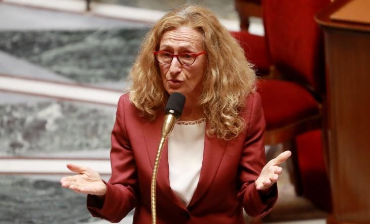 Justice : après avoir libéré des milliers de condamnés, la macronie vote des «cours criminelles» sans jury populaire… exit le peuple Français !