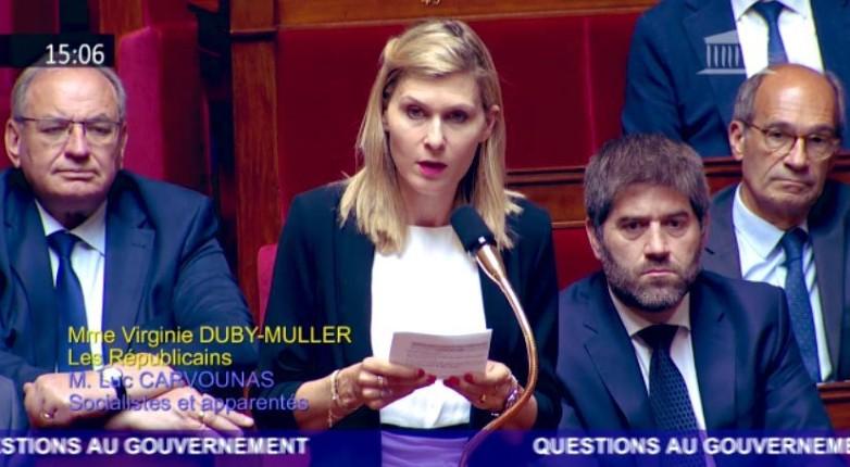 Le coup de gueule d'une députée contre Christophe Castaner «Êtes-vous La République en marche, ou le communautarisme en vadrouille ? Le ministre de l'Intérieur choisit de se soumettre à la haine anti-flics»